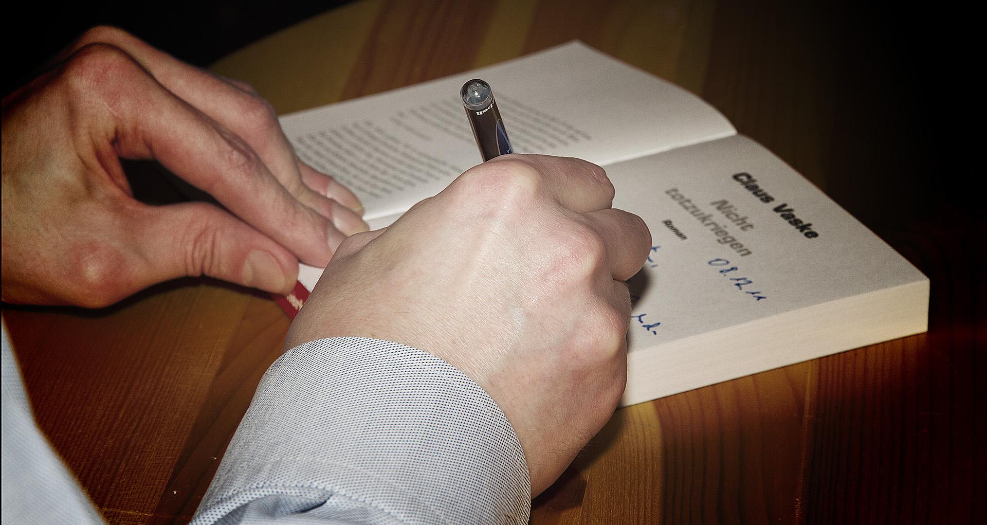 Signiertstunde Claus Vaske